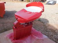 ANTIQUE FARMALL TRACTOR SEAT AND MOUNTING [INTERNATIONAL]