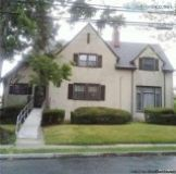 Charming Colonial W Large Foyer Living Room W Fireplace(FIL)