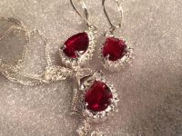 VALENTINES DAY GIFT LADIES NECKLACE & EARRINGS SET BEAUTIFUL RED SAPPHIRE STERLING SILVER NEW