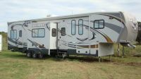 2012 CYCLONE HD EDITION 3950 TOY HAULER 5th WHEEL
