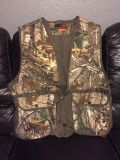 Hunting vest. New. Size L and S/M.