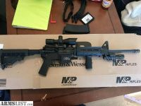 For Sale: Smith&Wesson M&P(with extras)