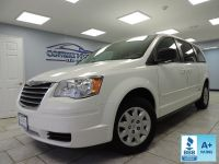 2010 Chrysler Town & Country 4dr Wagon LX *Ltd Avail*