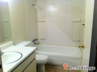 $629, 2br, Available 12/18/2017 Reno Convenient & Clean 2 bd/2.0 ba Apartment