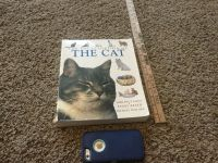 Thick The Cat Encyclopedia Book. Some wear on cover, reading pages GUC $2.00