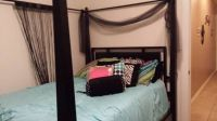queen canopy bed and dresser