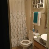 Single Family House 2 bed 1.5 bath for sublet