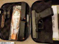 For Sale/Trade: Gen 5 Glock 19. Like New.
