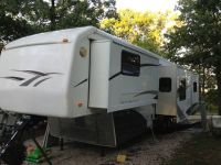 2005 Carriage 5th wheel and 2005 3500 Dodge