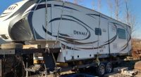 Find 2013 Denali 274REX 5th wheel camper by dutchmen motorcycle in Urbandale, Iowa, United States, for US $8,500.00