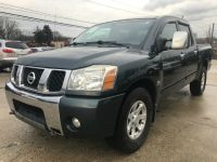 2004 Nissan Titan SE LOADED 4X4 CREW CAB CLEAN w/ONLY 130K MILES