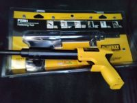 Brand New still in packaging DEWALT Single Shot Powder Actuated Trigger Tool