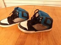 Lil boys size 1 Skater shoes, Shaun White