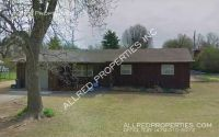 Mid Century Home Located in East Fayetteville (close to shopping)