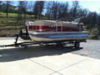 2013 Bennington Pontoon Boat -