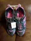 New Danskin size 6 Girl's Shoes