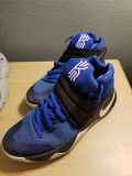 Kyrie size 10
