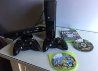 XBOX 360 250 GB with Kinnect - Grand Theft Auto
