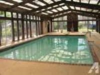 $259000 / 5 BR - Southern Colonial Indoor pool Apartment. 3 Kitchens (Port Ar