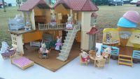 Calico Critters Townhome and Ice Creamy