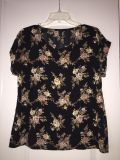 Forever 21 Floral Top!