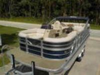 2013 Misty Harbor 2385 SU Skye LUXURY FAMILY PONTOON BOAT