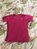 Girls pink Under Armour shirt size large excellent condition