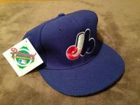 Vintage 90s Montreal Expos Fitted New Era Hat 7 14