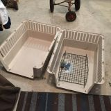 Large dog crate VG condition for medium to large dog