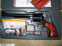 """For Sale: Ruger Super Blackhawk 7.5"""" .44mag/.44spl-Extras .44 Mag"""