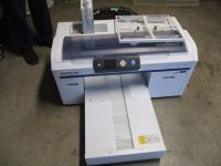 Epson SureColor White Edition F2000 DTG RTR#8013397-01