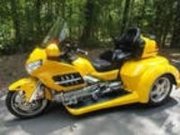 2003 HONDA GOLDWING GL 1800 w/ ROADSMITH'S NEWEST TRIKE CONVERSI