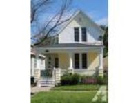 $750 / 3 BR - 3 BR House w/2 Car garage & fenced yar
