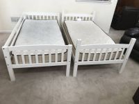 2 White Twin Bedframe +Mattresses