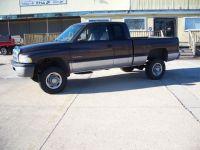 1998 Dodge Ram 2500 4dr Quad Cab 139