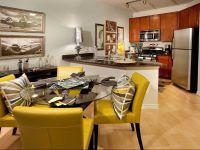 $2,465, 2br, Vista Laurel Highlands