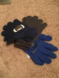 "NWT Boy's kids ""sport"" gloves - 3 pack one size"
