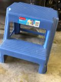 Rubbermaid Blue Plastic Step Stool. Bought At Walmart. Used About 1 Month. Tag Is Still On It.