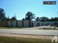 1500ft - Office/Warehouse Just off Bobby Jones (3313 Perkins Rd