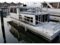 1980 Gibson 42-Houseboat Deck Boat in Baltimore, MD