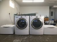 Maytag Washer and Dryer 3000 Series