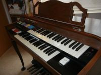 Conn Home Organ - Needs Loving Home