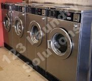 Coin Operated Unimac 35Lbs Front Load Washer 208-240V 60Hz 3PH UC35PC2NN
