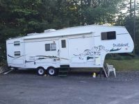 2004 Forest River Wildcat 28BH