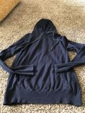 American eagle size small. Light weight sweater type