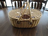 Picnic Basket with hole for wine bottle