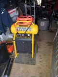 dewalt air compressor 200psi with wheels and air hose