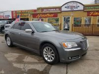2012 Chrysler 300-Series 4dr Sdn V6 Limited RWD