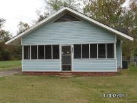 3 Bed 2 Bath Foreclosure Property in Lake Charles, LA 70601 - Pear St