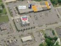 2350ft - Retail space availabe in Thomasville Plaza (Thomasille